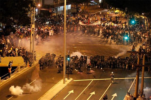 protestas_brasil_espana_04