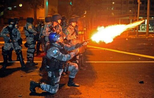 protestas_brasil_espana_05