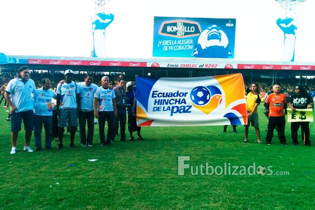 Video ministerio del interior lanza campa a ecuador for Ministerio del interior ecuador