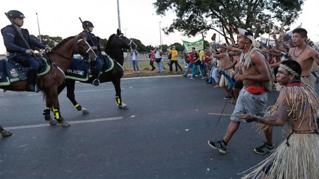 protestas_brasil_indios_640_0921