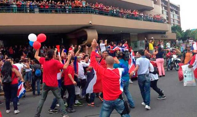 costa_rica_celebracion_02