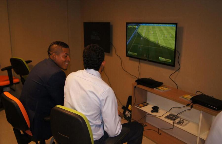 michael_arroyo_joao_rojas_videojuegos