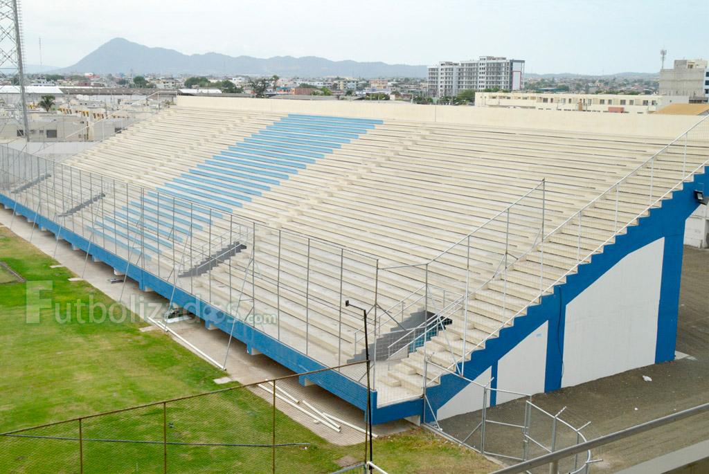 estadio_jocay_2015_07