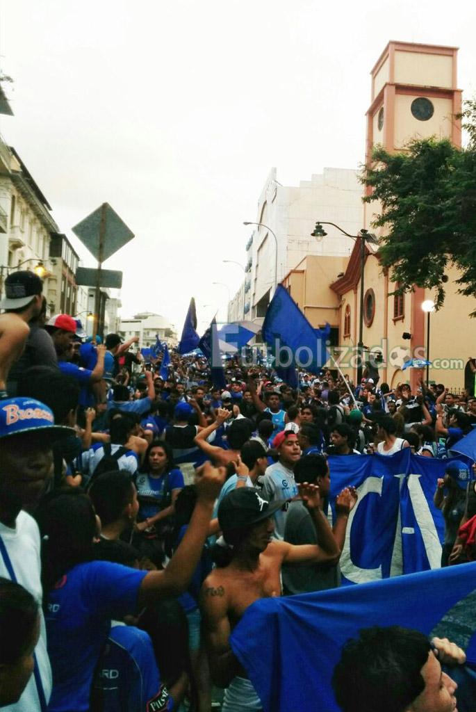 marcha_emelec_86_anios