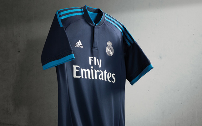 real_madrid_tercera_camiseta_02