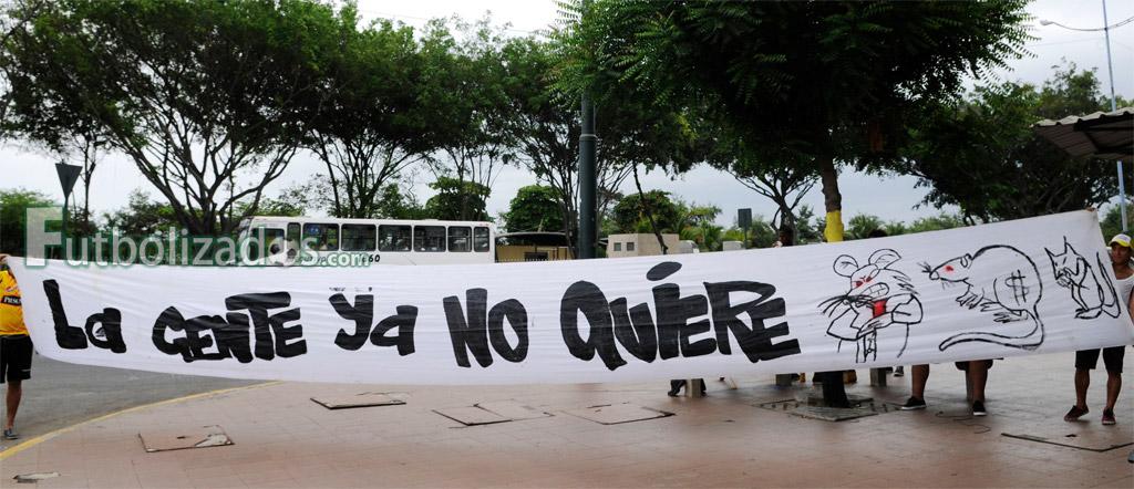 protesta_socios_barcelona_01